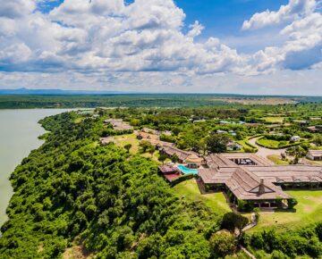 Luxury Safari Tours in Uganda